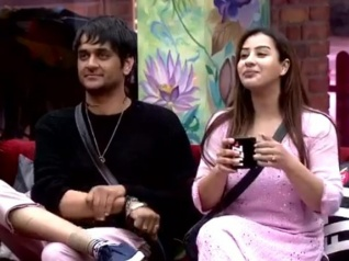 Bigg Boss 11: Vikas Reacts To Shilpa's Allegation On Him!
