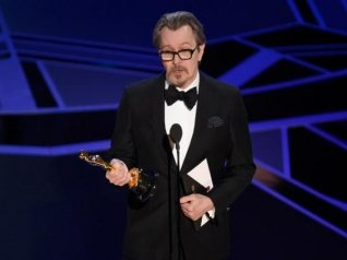 Oscars 2018: Gary Oldman Wins Best Actor For 'Darkest Hour'