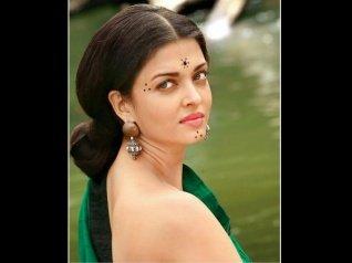 Aishwarya Rai Admits She Rejected DTPH & Raja Hindustani!