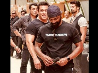 Salman Khan Had TRUST ISSUES With His Race 3 Co-stars?