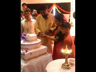 Malayalam Actress Srinda Ties The Knot With Siju S Bava!