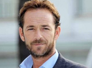 Riverdale Star Luke Perry Dies At 52 After A Massive Stroke