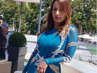 Not Just Hina, Even Kashmera Made Her Cannes Debut!