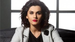 Taapsee Posts Emotional Note Post 'Thappad' Wrap-Up