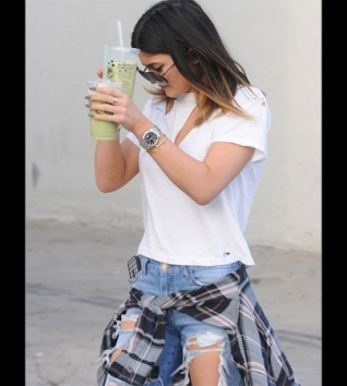 Kylie Jenner Suffering From Neuroses?