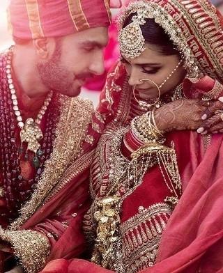 यहां देखें #Deepveer की शादी का एल्बम