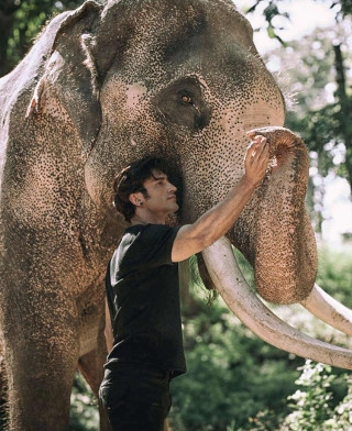 Vidyut Jamwal's Behind The Scenes Stills From The Sets Of 'Junglee'
