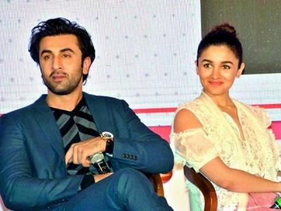 Ranbir Kapoor To Make Alia Bhatt's B'day An Extra Special!
