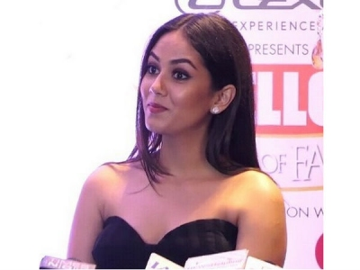 Mira Rajput Gets IGNORED By Most Of Celebs At An Award Show!