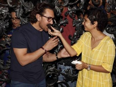 Aamir On His B'day: I Was Wishing Big B Should Wish Me First