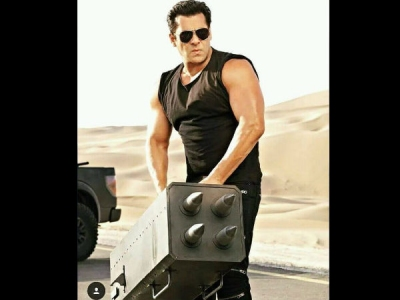 Race 3 Movie Review: Live Audience Update On Salman Starrer