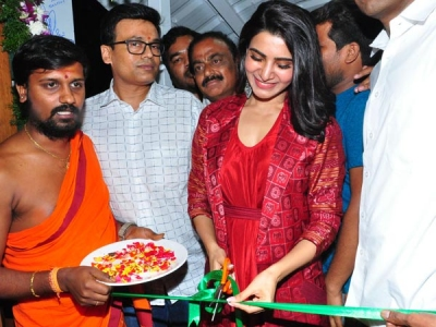 Samantha Looks Adorable As She Attends The Launch Of A Cafe!