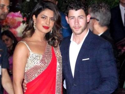 Nick Jonas Confirms Engagement With Priyanka Chopra!