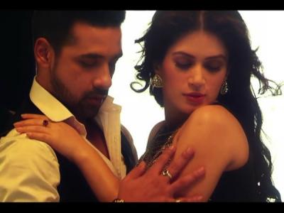 Puneesh & Bandgi's Music Video Reminds Of BB 11 Days!