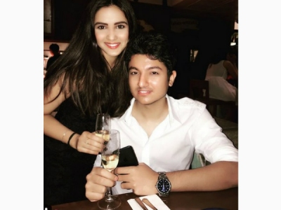 Jasmin's Special Message For Her BF Suraj On His B'day!
