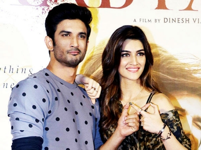 Kriti DITCHES Sushant As He Got Extra Friendly With Sanjana?