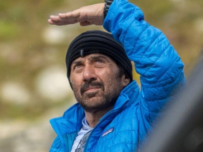Sunny Deol Talks About His Constant Flops!