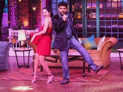 TKSS: Should Kapil Stop Flirting With Female Celebrities?