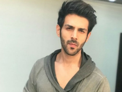 Kartik Aaryan Dodges Question On Hirani's MeToo Allegations