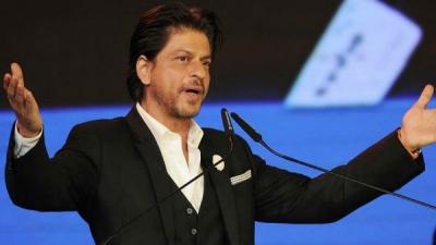 KIFF: Shah Rukh Leaves Rakhee Gulzar All Emotional