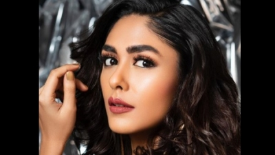 Mrunal Recalls Being Told She Can't Make It In Bollywood