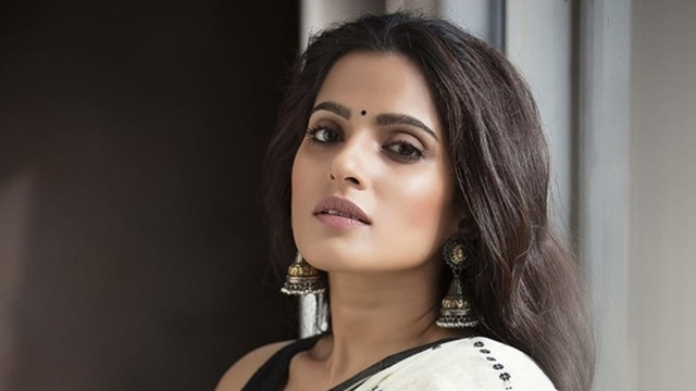 Exclusive Interview With City Of Dreams 2 Star Priya Bapat