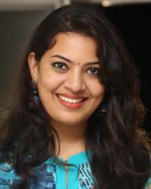 Geetha Madhuri: Age, Photos, Family, Biography, Movies ...