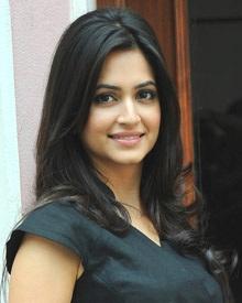 కృతి కర్బందా