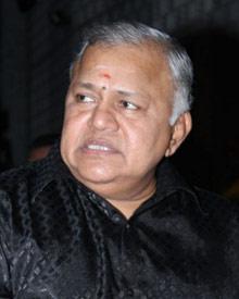 ராதா ரவி
