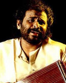 രമേഷ് നാരായണ്