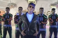 Shahrukh Khan in Dilwale Tukur Tukur Song Still
