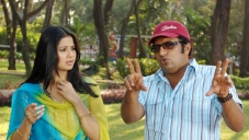 Prakash Raj with Sangeetha in Mathiya Chennai