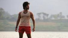 Maranthen Mannithen Actor Aadhi