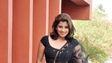 Nadeesha Hemamali Hot Stills in Saree