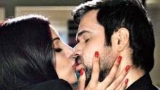 Bipasha Basu Kissing Emraan Hashmi
