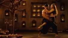 Rani Mukerji Crazy Moves on Prithviraj
