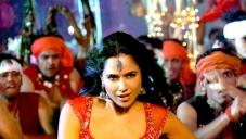 Sameera shoots item song for Chakravyuh