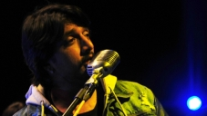 Unplugged Version of Bachchan song Hello Hello by Sudeep