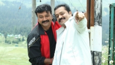 Jayaram and Suresh Gopi in Malayalam Movie Salaam Kashmir