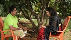 Rangayana Raghu and Neetu in Kannada Movie Ice Pice