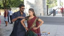 Dhanush, Nazriya Nazim still from Naiyandi Movie