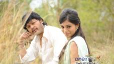 Ganesh and Deepa Sanniddi in Kannada Film Sakkare