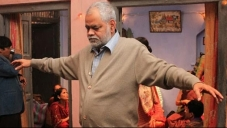 Sanjay Mishra still from film Ankhon Dekhi