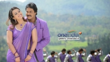 Sunil and Ester Noronha still from Bheemavaram Bullodu Movie
