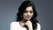 Janani Iyer in Malayalam Movie 7th Day