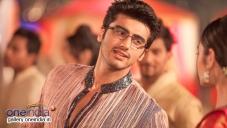 Arjun Kapoor and Alia Bhatt still from 2 States film song Iski Uski