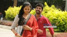 Vimal and Lakshmi Menon still from Manja Pai Movie