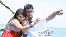 Monisha and Thalabathi in Aaaah