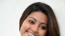South Actress Sneha Interview about Un Samayal Arayil