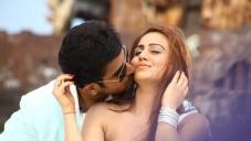 Vijay Antony and Aksha Pardasany still from Tamil Movie Salim